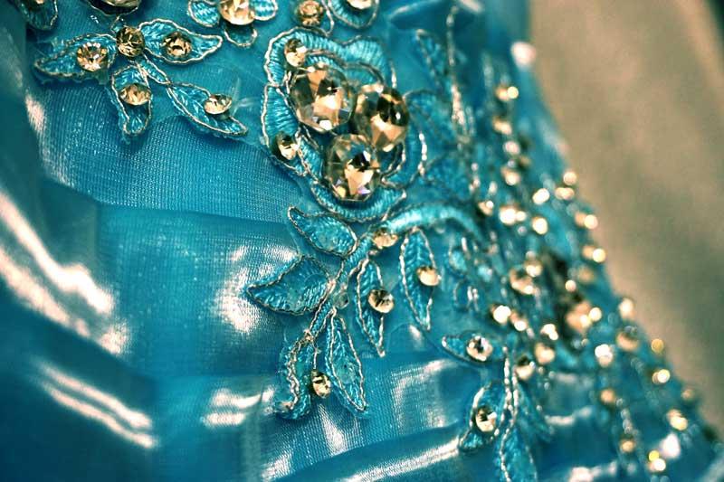 détails robe de princesse